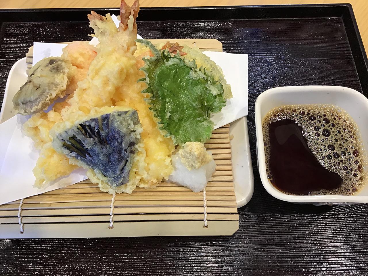 天ぷら盛り 600円