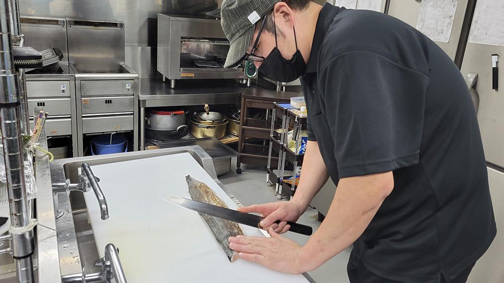 【スタッフ紹介】「お客様はもちろんですが、生産者さんも私たちもスタッフも幸せになれる料理をお出ししています」吉満さん